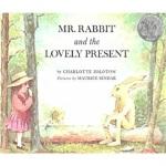 Mr. Rabbit and the Lovely Present [Paperback]兔先生和可爱的礼物(凯迪克银奖,平装) ISBN9780064430203