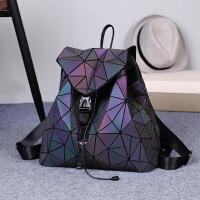 日本磨砂变色菱格双肩包 2018新款女明星同款电脑旅行书包几何背包