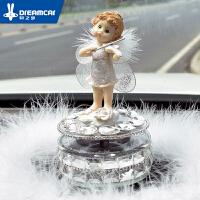 创意汽车摆件可爱天使女士车载车饰太阳能车上车内饰装饰用品礼物SN4742