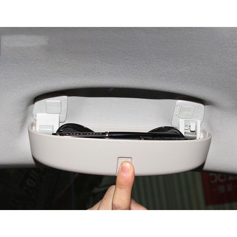 适用于大众1718款新迈腾车载眼镜盒B8眼镜夹储物盒内饰配件装饰 t 适用于新迈腾B8专用眼镜盒(灰色) 需要发票、大件运费请联系客服,更多优品优惠等您来选购!