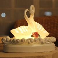 朋友闺蜜结婚礼物实用创意婚庆礼品新婚礼物香薰天鹅摆件特价 天鹅香薰灯(送10ml精油+备用灯泡)