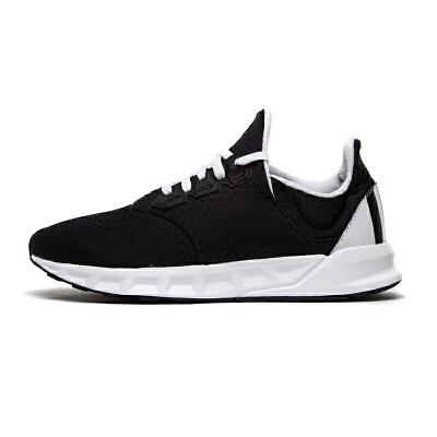 Adidas阿迪达斯 BZ0648 男子黑武士轻便运动跑步鞋